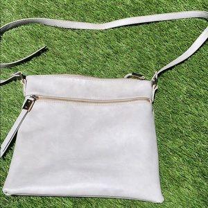 Shiraleah leather purse